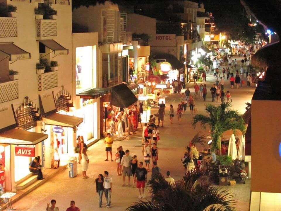 Chichen Itza Tour From Playa del Carmen Fifth Avenue